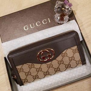 Brand New Gucci Monogram Canvas GG Wallet